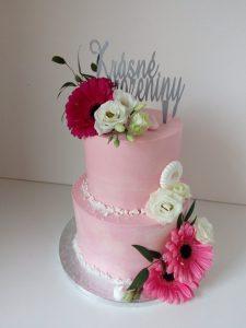 Krásný růžový dort