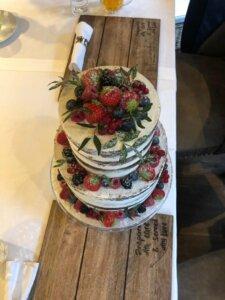 Svatební dort ovoce
